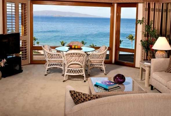 Wailea Point. Breathtaking 180 degree views of ocean.